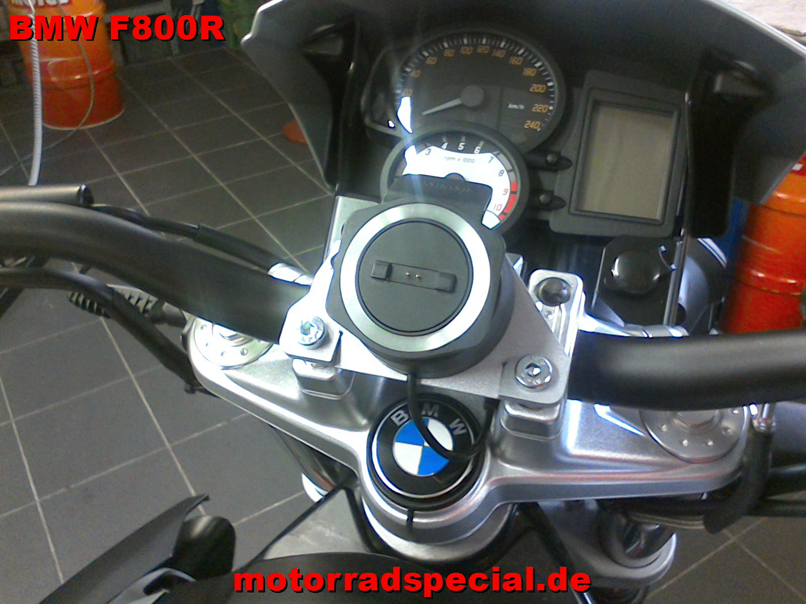 BMW_F800R_navigationshalter_Navihalter_Navihalterung_4