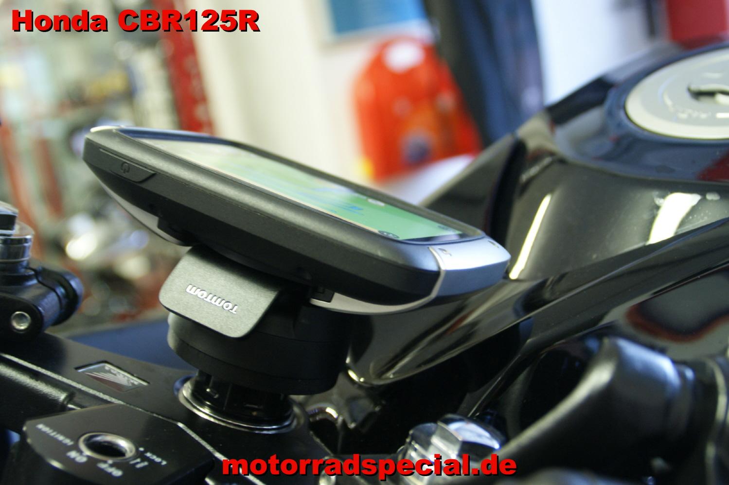 Honda_CBR_125R_Navigationshalterung_Navihalterung_Navihalter_TomTom_400_410_5