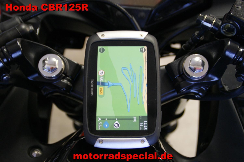 Honda_CBR_125R_Navigationshalterung_Navihalterung_Navihalter_TomTom_400_410_7