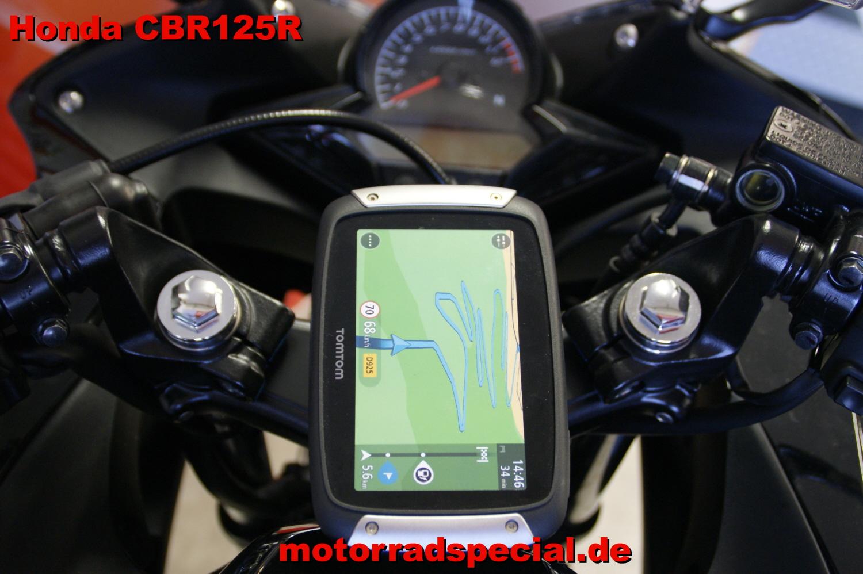 Honda_CBR_125R_Navigationshalterung_Navihalterung_Navihalter_TomTom_400_410_8
